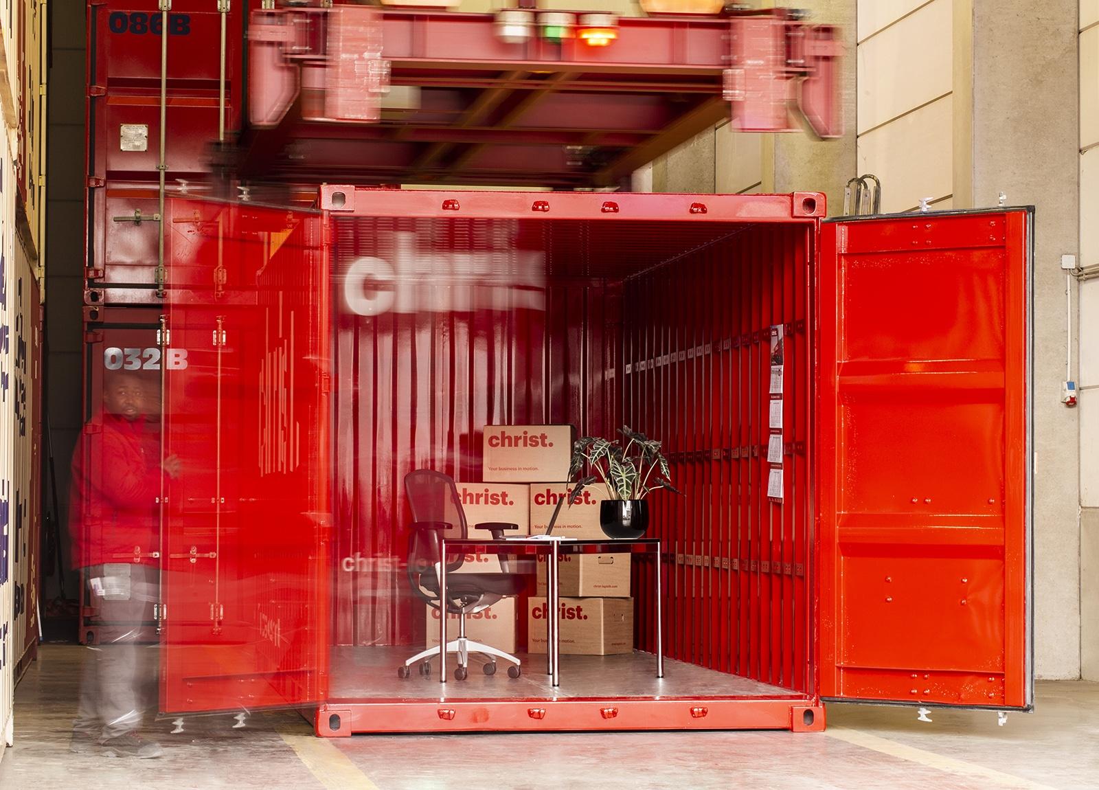 Eingelagerte Möbel in Selfstorage Container